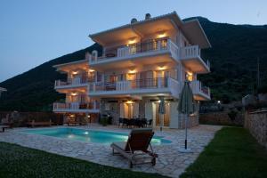 Villa Aeropi, Vily  Nikiana - big - 7
