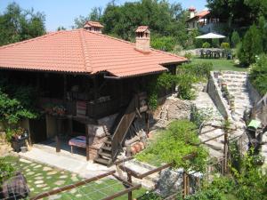 Choksheva house