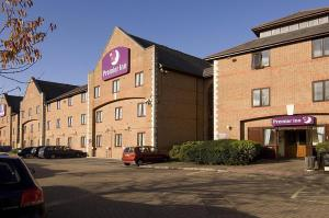Premier Inn Guildford North - A3, Hotel  Guildford - big - 1