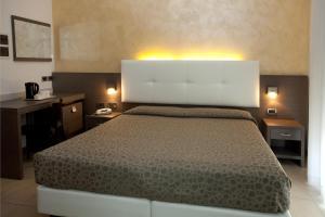 Hotel Tropical, Hotely  Lido di Jesolo - big - 5
