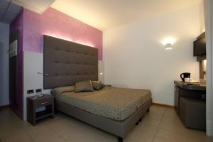 Hotel Tropical, Hotely  Lido di Jesolo - big - 13