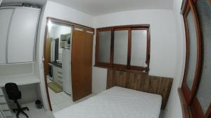 Quitinete Praia Vermelha Norte, Ferienhäuser  Ubatuba - big - 1