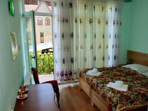 Eco-House, Гостевые дома  Тбилиси - big - 20