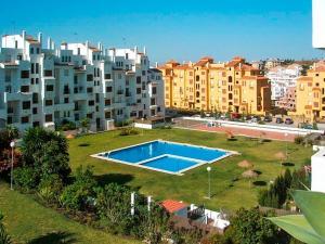 Apartment Calle Colmenar, Apartments  Estepona - big - 112