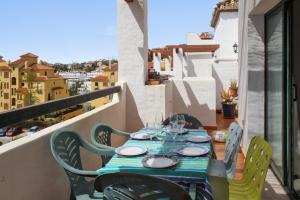 Apartment Calle Colmenar, Apartments  Estepona - big - 109