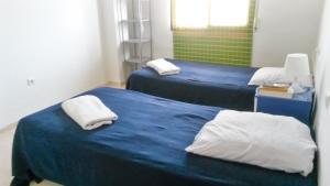 Apartment Calle Colmenar, Apartments  Estepona - big - 88