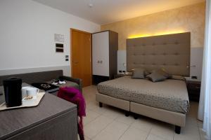 Hotel Tropical, Hotely  Lido di Jesolo - big - 16