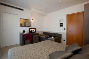 Hotel Tropical, Hotely  Lido di Jesolo - big - 11