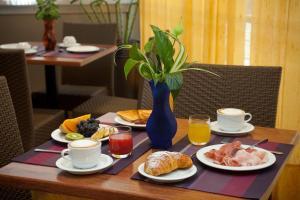 Hotel Tropical, Hotely  Lido di Jesolo - big - 43