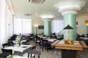 Hotel Tropical, Hotely  Lido di Jesolo - big - 26