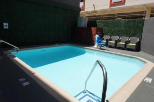 BLVD Hotel & Suites, Hotel  Los Angeles - big - 45