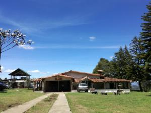 Al Bosque Hostel and Glamping