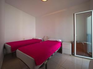 InmoSantos Oasis D4, Apartmány  Roses - big - 3