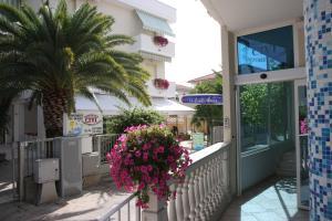 Hotel Residence HR CIVI - AbcAlberghi.com