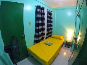 NoMadsMNL Backpackers Homestay, Priváty  Manila - big - 25