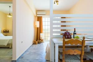 Castello Bianco Aparthotel, Апарт-отели  Платанес - big - 26