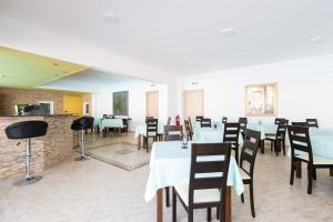 Castello Bianco Aparthotel, Апарт-отели  Платанес - big - 39