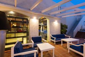 Castello Bianco Aparthotel, Апарт-отели  Платанес - big - 38