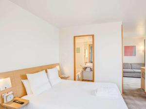 Superior Room with 1 Double Bed and 1 Sofa Bed 2 places