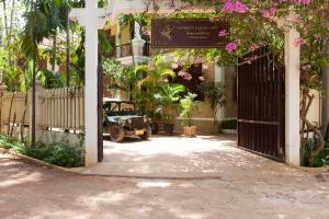 HanumanAlaya Colonial House, Hotely  Siem Reap - big - 56