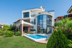 Luxury House on Buzhaka