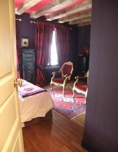 La Closerie Saint Jacques, Bed & Breakfasts  Loches - big - 11