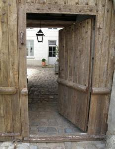 La Closerie Saint Jacques, Bed & Breakfasts  Loches - big - 14