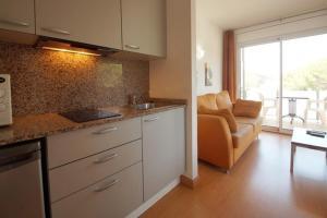 Aparthotel Arenal, Residence  Pals - big - 26