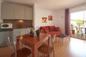Aparthotel Arenal, Residence  Pals - big - 19