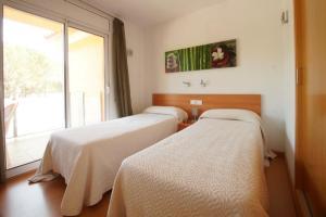 Aparthotel Arenal, Residence  Pals - big - 17