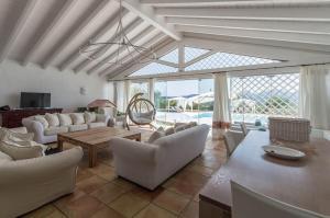 Villa bianca, Vily  Arzachena - big - 4