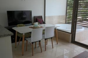 Bahia Principe Vacation Rentals - Quetzal - One-Bedroom Apartments, Apartmány  Akumal - big - 76