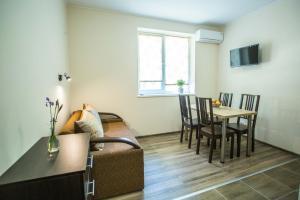 Apartments on Leva st., Apartmanok  Beregszász - big - 4