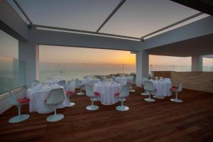 King Evelthon Beach Hotel & Resort (3 of 52)