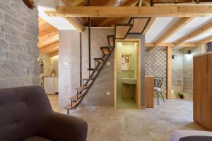 Villa Kudelik - Stone Story, Bed and breakfasts  Trogir - big - 74