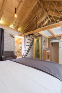 Villa Kudelik - Stone Story, Bed and breakfasts  Trogir - big - 75