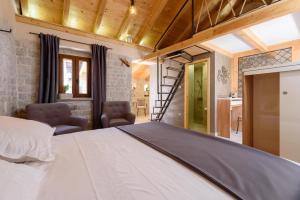 Villa Kudelik - Stone Story, Bed and breakfasts  Trogir - big - 76