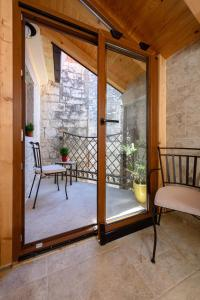 Villa Kudelik - Stone Story, Bed and breakfasts  Trogir - big - 80
