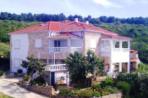 Apartments Solta