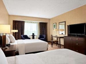 Par-A-Dice Hotel & Casino, Hotel  Peoria - big - 9