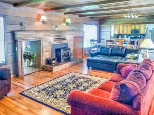 Cleone Bliss, Holiday homes  Fort Bragg - big - 14