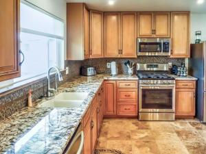 Cleone Bliss, Holiday homes  Fort Bragg - big - 9