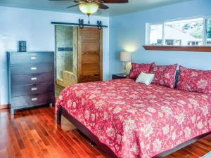 Cleone Bliss, Holiday homes  Fort Bragg - big - 7