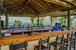 Costa 3S Beach Club - All Inclusive, Szállodák  Bitez - big - 153