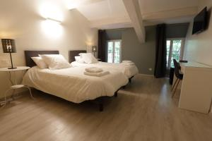 Hotel des Maures
