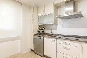 Apartamentos La Toja, Apartments  Isla de la Toja - big - 27