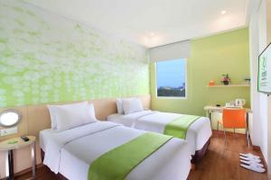 Zest Hotel Airport Jakarta, Hotely  Tangerang - big - 12