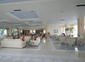 Zorbas Beach Hotel, Hotely  Tigaki - big - 13