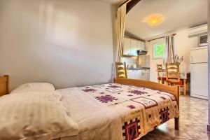Apartments & Bungalows Ivanović, Affittacamere  Kaštela - big - 138