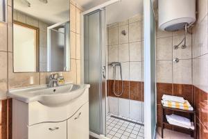 Apartments & Bungalows Ivanović, Affittacamere  Kaštela - big - 126